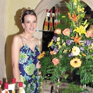 <U> 10 de septiembre </u> <p> Una primera despedida de soltera le ofrecieron a María del Pilar Cabarga Zorilla.