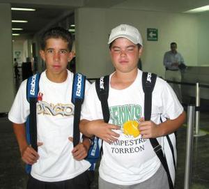 <u> 12 de septiembre </u> <p> Alejandro Murra y Alejandro Cepeda viajaron a México para asistir al torneo nacional de tenis por equipo.