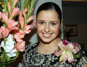 Ana Carmen Colores Ramos Clamont contaerá matrimonio con Juan Carlos García  Vargas.