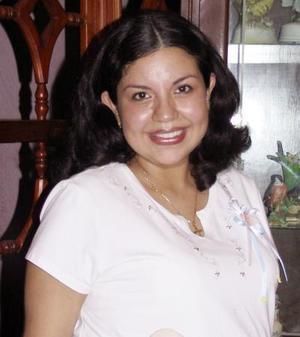 Gabriela Frayre de Ruelas en la fiesta de despedida que le ofrecieron recientemente