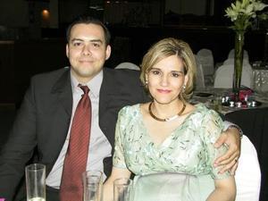 Guillermo Tiburcio y Marcela T de Tiburcio captados en el Casino del Campestre Torreón.