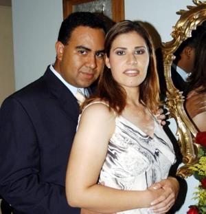 Fernando Martínez y Xaviera Fabiola González en la ceremonia de petición de mano.