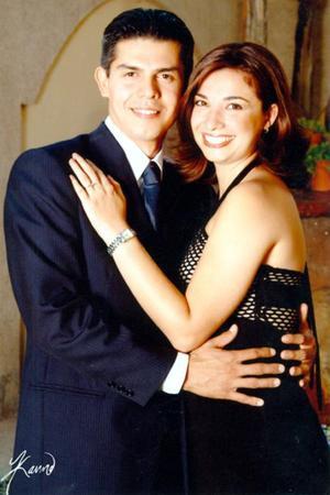 Omar Alejandro Arellano Torres y Jéssica González Arrañaga contrajeron matrimonio recientemente.