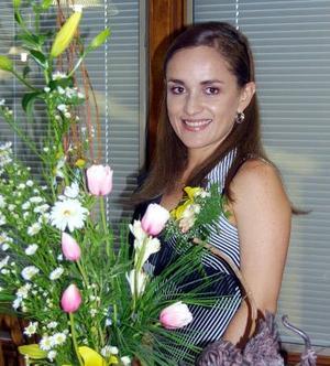 Martha Ramos Moreno en su despedida de soltera.