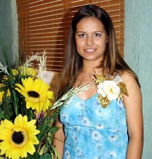 Por su cercano enlace despidieron de su vida de soltera a la señorita Cindy Liz María Ramírez.