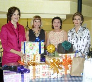 Gaby de Guajardo, Gaby de Acosta, Leonor de Del Bosque y Sofi de Kientzle.