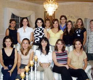 Lorena Silveyra de González celebró su cumpleaños en compañía de Alejandra, Yadira, Perla, Cecy, Angelina, Laura,  Jaque, Mónica, Alejandra, Susy, Cristy y Mary Tere.
