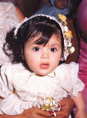 <U> 14 de septiembre </u> <p> María José Robles Flores  el día que recibió el Sacramento del bautismo es hija de Jorge Robles Valadez y Gabriela Flores