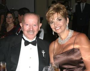 David Rachel Lapidot en la boda de su hijo Itamar Lapidot.
