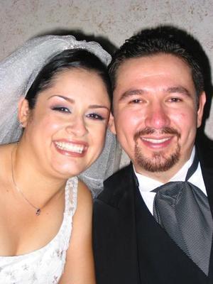 José Antonio de León y Laura Olague el día de su enlace nupcial