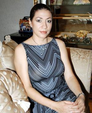 Norma Sara de León de Facio festejó su cumpleaños en días pasados