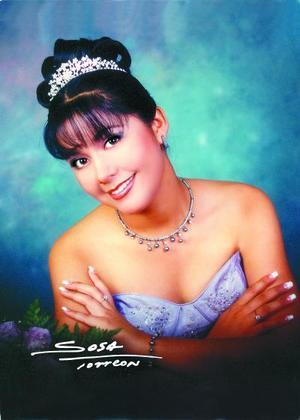 Srita. Julia Jerith Martínez Balderas celebró su décimo quinto aniversario de vida con una misa de acción de gracias en el Santuario del Cristo de las Noas el 22 de agosto de 2003.