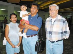 <u> 17 de septiembre </u> <p> Viajaron a Ciudad del Carmen Francisco Roberto Campos Rangel, su esposa, su hijo y otro señor.