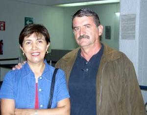 Guadalupe de Orozco y Rene Orozco viajaron a México para tratar asuntos personales.