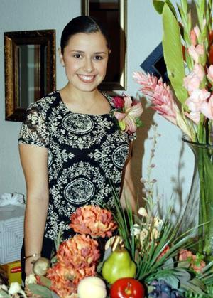 Ana Carmen COlores Ramos Clamont en una despedida de soltera, ella se casó con el señor Juan Carlos García Vargas el pasado 13 de septiembre.