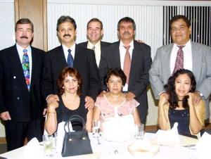 <u> 17  de septiembre </u> <p>  Juan de Dios Luna Burciaga y su esposa, Juan Montes Castaleda y su esposa, Alberto Pérez Canedo y su esposa, Gerardo Larrañaga Landeros y otro caballero