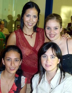 Norma de González, Ale de García, Lucía de García y Mary Carmen de Fahur.