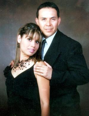 <u> 20 de septiembre </u> <p> Valeria Elizabeth Campuzano Velazco y César Fernando Gómez Acuña contrajeron matrimonio recientemente.