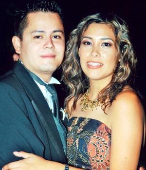 Jorge Caballero y Yoyis Román de Caballero asistieron a la recepción matrimonial de Óscar Ortiz y Brenda Román.