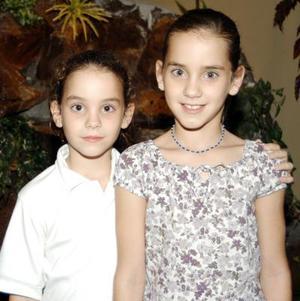 Isabella y Astrid Algara Martínez celebraron su octavo y onceavo onomástico respectivamente con un convivio ofrecido por sus papás Manuel Algara y Astrid Martínez.