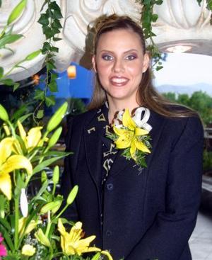 Una primera despedida de soltera le ofrecieron a Lizet Navarro García organizada por su mamá Sandra G. de Navarro y su hermana Ingrid Navarro.