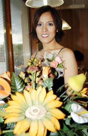 <u> 19 de septiembre </u> <p> Sandra Natalia Hernández Ruiz en una despedida de soltera que le ofrecieron por su cercano enlace.
