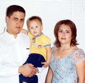 Rubén cumplió dos años de edad, motivo por el que fue festejado por sus padres, Rubén Castañeda Ortiz y Cristina Cepeda de Castañeda.