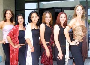 Modelos laguneras lucieron rebozos respresentativos de Oaxaca, San Luis Potosí, Chiapas, Michoacán, Guerrero, Hidalgo, Guanajuato, del Estado de México y Distrito Federal.