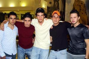 <u> 21 de septiembre </u> <p> Waigh Saa de F., Roberto Massa, Édgar Bassó, Daniel Leal y Antonio Peña.