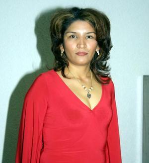 Elizabeth Gutiérrez de Hoyos celebró su onomástico con un convivio preparado por su esposo Juan Carlos Hoyos Díaz.