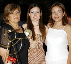 <u> 26 de septiembre </u> <p> Yamel Gabriela Porras Serna en su despedida de soltera, las anfitrionas de tan grato acontecimiento fueron las señoras Silvia Ruiz, Silvia Arellano y Cintia Arellano