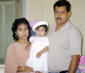 <u> 27 de septiembre </u> <p> Un año d evida cumplió Patricia, motivo por el que sus padres Rubén Reyes y Patricia Cordero la festejaron.