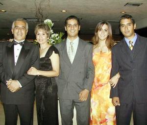<u> 27 de septiembre </u> <p> Ricardo Mery, Coty Reyna de Mer, Damiez Mery, Lety Galván y Fernando Mery.