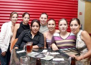 Marla Villarreal, Mónica de la Torre Sánchez, Caro Arias, Karla Villarreal, Gisela Villarreal, Daniela Villarreal y Ana Cris García.