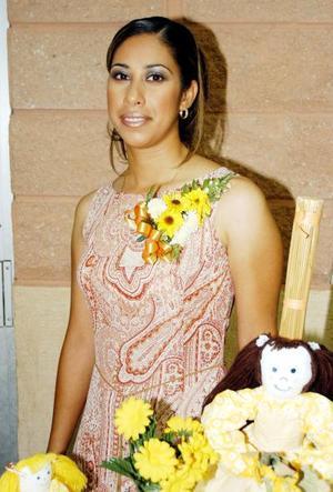 María Luisa Rosas Muñoz en su primera despedida de soltera.