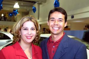 Gabriela de Mendoza y Arturo Mendoza captados recientemente