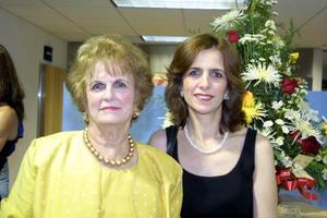 Hilda y Sonia Zarzar.