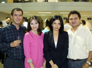 Fernando Chew, Adriana de Chew, Blanca de Contreras y Antonio Contreras.