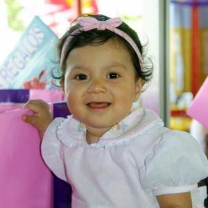 Liliana Valdéz Garza celebró su primer  año de vida con una fiesta preparada por sus papás los señores Leonardo Valdés y Martha Valdés.