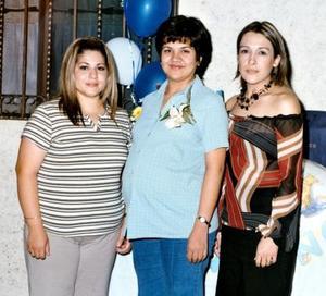 Amira Michelle de la Rosa de Íñiguez en una fiesta de canastilla que le ofrecieron Emma Galaviz de Morado y Anabel Rodríguez de López por la llegada de su bebé.