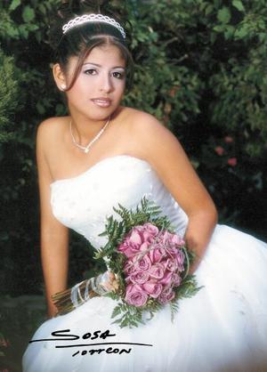 Srita. Anakarem V. Botello Soto celebró su décimo quinto aniversario de vida con una misa de acción de gracias en el Centro Saulo el 25 de octubre de 2003.