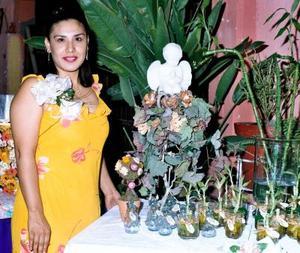 Ángeles Cruz Soto en su depedida de soltera, ella se casará con Luis Antonio Bañuelos.