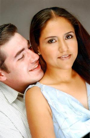 José Antonio Salas Azpiazu y Norma Rosario Delgado Lozano contrajeron matrimonio el 04 octubre