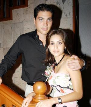 Luz María Herrera Guererro y Héctor Hugo Nahle Romero contraerán matrimonio en fechas próximas
