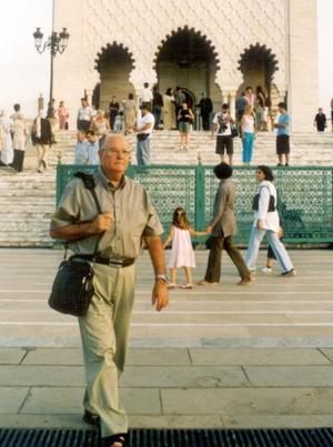<u>04 octubre </u><p> Romualdo Segovia captado en su reciente vistia al Mausoleo del Rey Mohammed V en Rabat, Marruecos.