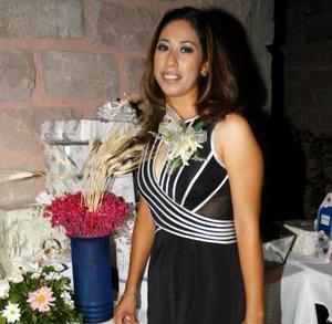 <u>05 octubre </u> <p>  María Luisa ROsas Muñoz en su primera despedida de soltera