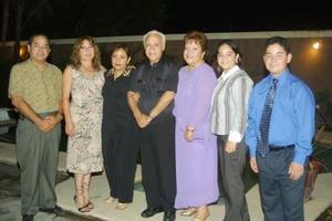 David Ortiz, Juanita de Ortiz, Marina Ortiz, Alma Ortiz, David Ortiz, Martha Gallegos y Jorge Gallegos.