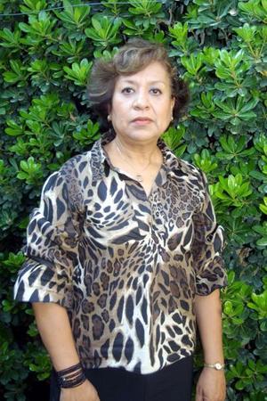 Lupita González de Carrera celebró su onomástico con un grato convivio familiar