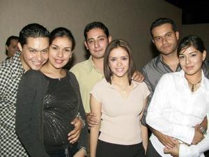 Jesús Fernando Avilés, Mara de Avilés, Ana Avilés, Juan Ernesto Sifuentes, Jorge Avilés y Analí Campa.