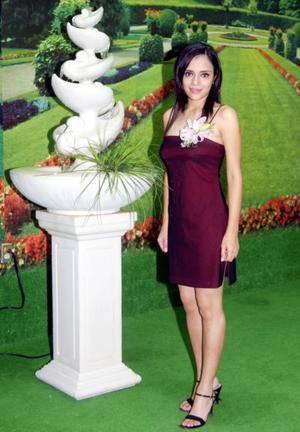 Liliana Montelongo Padilla en una de las despedidas de soltera que le ofrecieron por su cercano enlace con Iván Israel Vaca